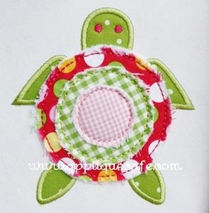 Raggy Turtle Applique Design