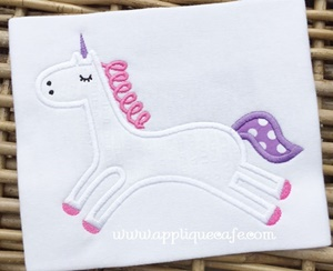 #1037 Unicorn Applique Design