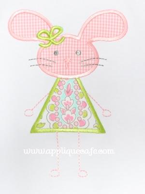 #979 Bunny 13 Applique Design